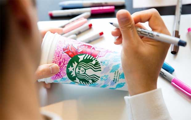 Starbucks customizing coffee cups for fans
